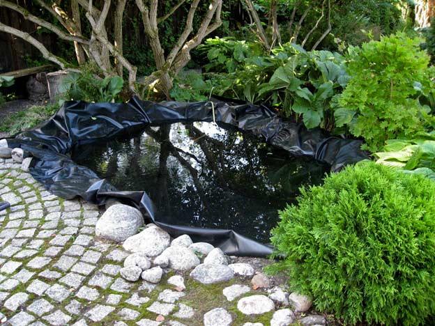 Искусственный пруд для сада своими руками