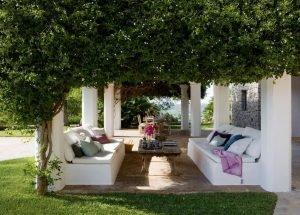 Зона отдыха. Греческий сад