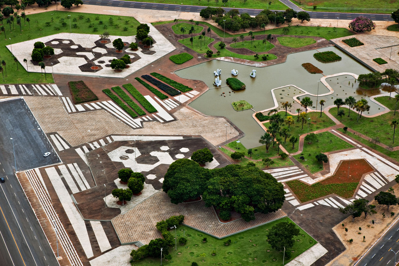 Сад Министерства Армии в Бразилиа